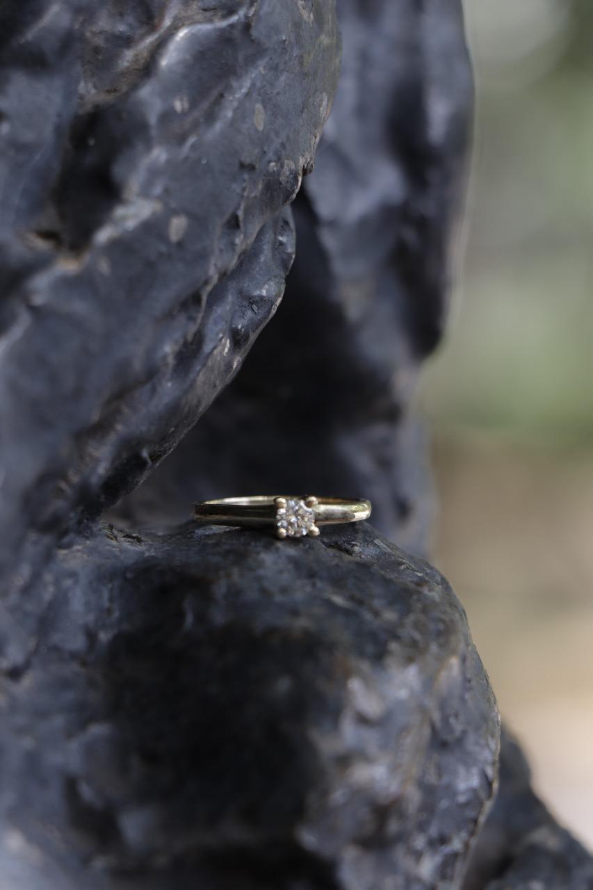 anillo de diamante centro joyero